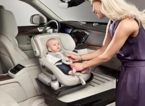 Normativa de sillas infantiles para coches