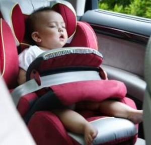 Trucos para dormir a los ninos en el coche