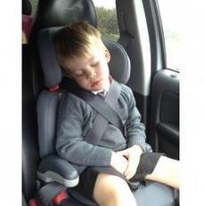 Trucos para dormir en el coche