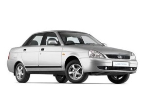 mejores coches familiares económicos LADA Priora Familiar