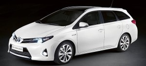 mejores coches familiares económicos Toyota Auris Touring Sports