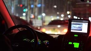 Conducir de noche con precauciones